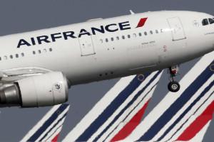 Avião da Air France escoltado após ameaça de armas químicas