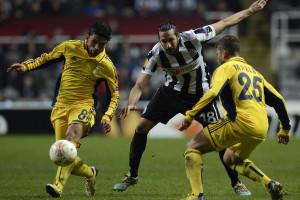 Jogador com cancro lamenta falta de apoio do Newcastle