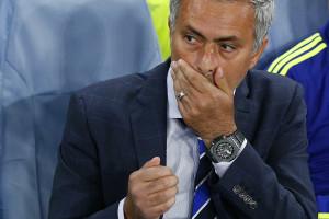 José Mourinho diz que procura não agredir a gramática