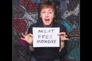 Paul McCartney faz campanha por dieta sem carne