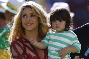 Shakira internada amanhã para dar à luz