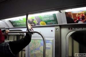 Batalha entre arte e publicidade no metro de Nova Iorque