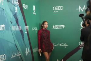 Jennifer Lopez e Bruno Mars 'apanhados' em festa