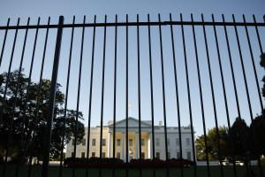 Exame psiquiátrico para homem que se inflitrou na Casa Branca