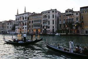 Pavilhão de Portugal abre com obras de João Louro em Veneza