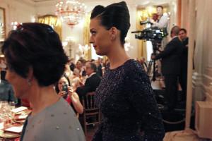 Katy Perry comemora 30º aniversário em Marrocos