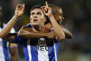 FC Porto goleia Arouca por cinco bolas a zero