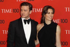 Timberlake confirma gravidez de Jessica Biel nas redes sociais