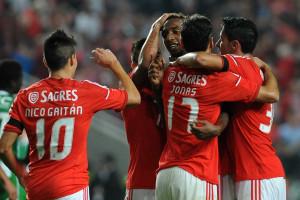 Talisca volta a 'salvar' Benfica
