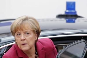 Merkel felicita Tsipras, deseja-lhe muita força e sucesso