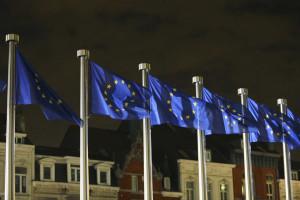 Bruxelas arrisca e deixa passar Orçamento do Estado