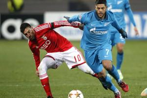 Benfica perde e está fora da Liga dos Campeões