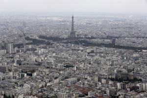 Casa de Paris está em nome de amigo de Sócrates