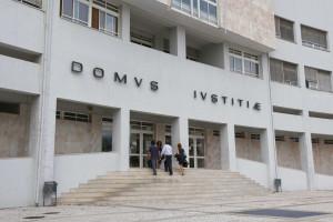 'Lei do silêncio' chega aos tribunais portugueses