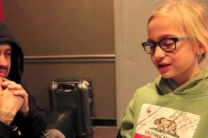 Korn entrevistados por uma criança
