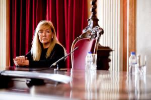 PS confronta ministra com falhas no sistema de identificação civil