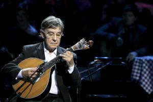 António Chaínho faz 77 anos e celebra cinquentenário com CD
