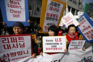 Coreia do Norte aprova ataque a embaixador americano