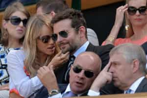 Falta de apoio terá levado Bradley Cooper a terminar relação