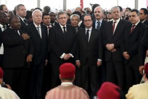 Chefes de Estado estrangeiros juntam-se à marcha em Tunes