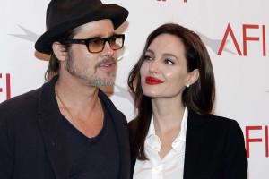 Angelina Jolie muda de nome para incluir Pitt