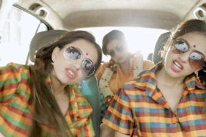 Vários estilos musicais em três minutos... em versão Bollywood