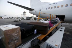 Apreendidas malas no aeroporto de Lisboa com 1 milhão de euros