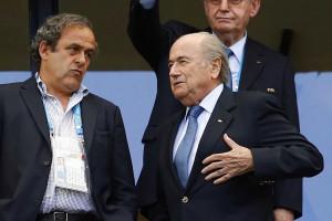Platini pediu a Blatter para que se demita da FIFA