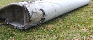 Chega a Paris fragmento de avião encontrado na costa da ilha da Reunião