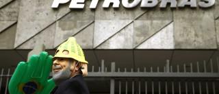 Banqueiro brasileiro detido no caso Petrobras demite-se