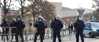 Polícia belga em operação antiterrorista em Molenbeek