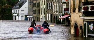 Confirmados 13 mortos e seis desaparecidos nas inundações em França