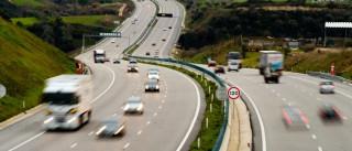 Despiste de camião na A13 condiciona acesso à A1