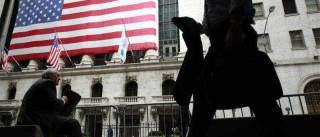 Wall Street em baixa com resultados maus no petróleo