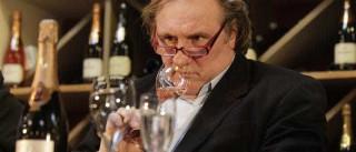 """Gérard Depardieu admite dependência e culpa """"solidão"""""""