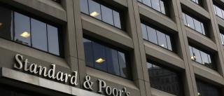 Standard & Poor's baixa nota da UE após crise grega