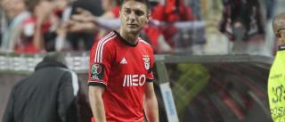 """""""As minhas fontes dizem-me que há forte interesse do Benfica"""""""