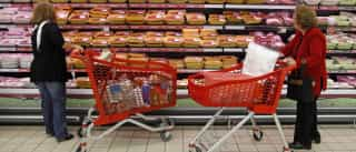 Confiança dos consumidores cresceu para valor mais elevado desde 2002