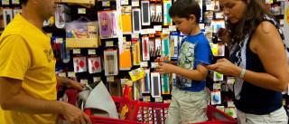 A pensar na poupança, uma em cada três famílias opta por livros usados