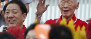 Adolescente que publicou vídeo crítico sobre Kuan Yew condenado a prisão