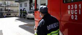 """Incêndio em antiga fábrica Portucel está """"quase extinto"""""""