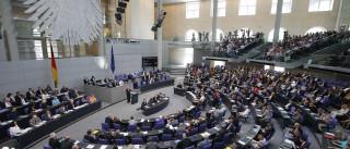 Comissão diz analisar carta de Tsipras mas decisão é do Eurogrupo
