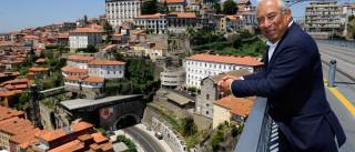 Costa volta a fazer campanha entre Lisboa e Porto de comboio