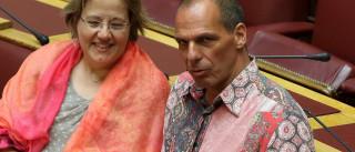 Varoufakis criticado por uma… camisa leva Tsipras a sair em sua defesa