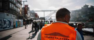 Trabalhadores da Soares da Costa reivindicam salários em atraso