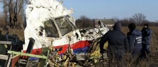 """Detido polícia holandês que tentou vender """"recordações"""" do voo MH17"""