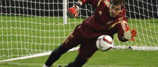 Casillas: Ida para FC Porto não interrompe chamada à seleção