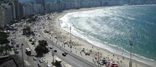 Pobres e negros impedidos de entrarem em certas praias brasileiras