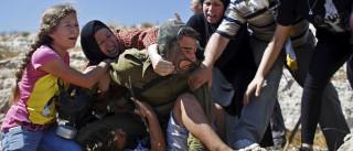Mulheres e crianças resgatam adolescente de soldado na Cisjordânia
