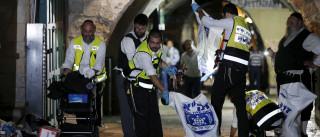 Homem esfaqueia três polícias israelitas antes de ser morto a tiro